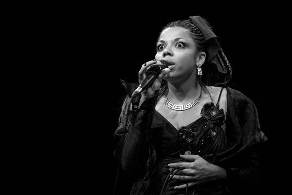 Mina Agossi in concerto